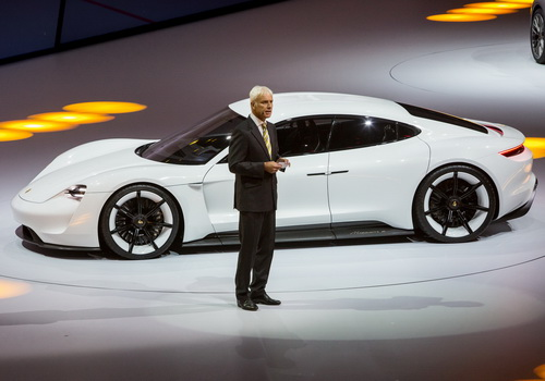 Tinuku.com Porsche built 350kW electric car charging just 15 minutes
