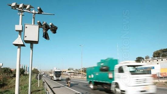 projeto veda radares multar infracao transito