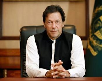 बाजवा ने मुझे आश्वासन  दिया की   पाक सेना 'भारत' से जंग  के लिए तैयार है : इमरान खान