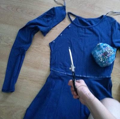 Jak przerobić sukienkę z rękawami DIY bez szycia - Adzik tworzy