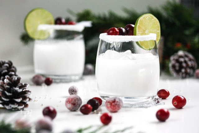 White Christmas Margarita #drinks #alcohol