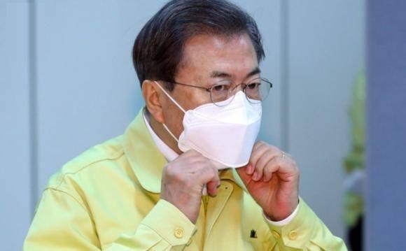 400.000 chữ ký đơn đòi luận tội Tổng thống Hàn Quốc vì Covid-19