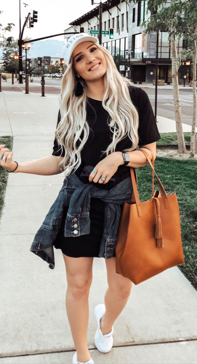 With summer collapsing into fall, dish out the blazers, berry lipsticks and layers. Have a look at these 24 Comfy and Goto Fall Fashion to Wear Everyday. Daily Style via higiggle.com | mini dress | #falloutfits #fashion #minidress