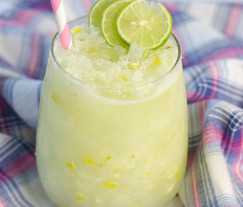 KEY LIME COCKTAIL #drinks #slushie