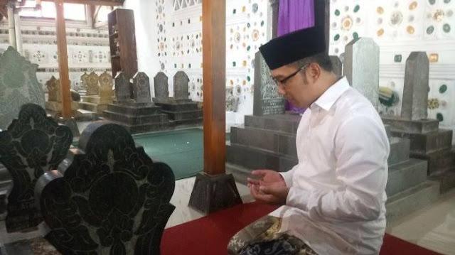 Ridwan Kamil: Pakde Saya Kyai, Meninggal Diculik Subuh oleh Gerombolan PKI