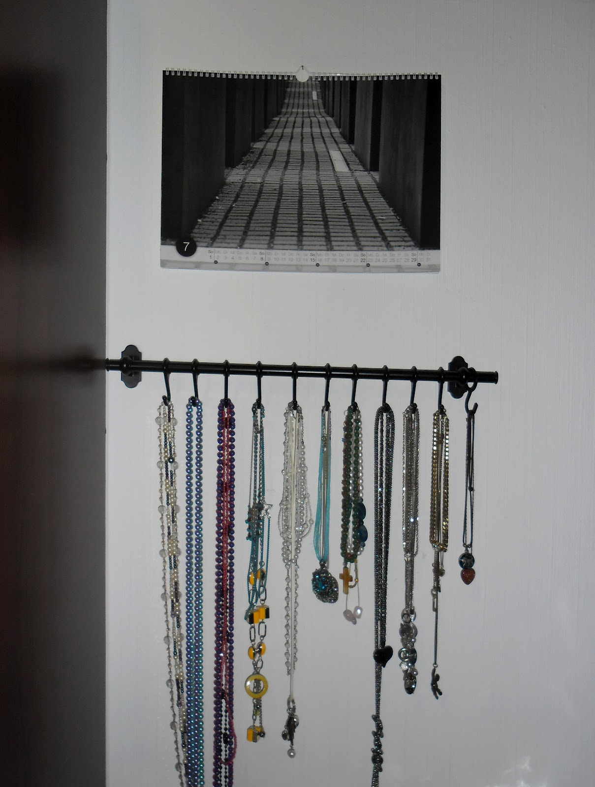 mrs cranberry schmuckaufbewahrung. Black Bedroom Furniture Sets. Home Design Ideas