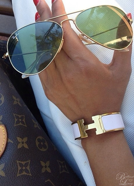 Brilliant Luxury ♦ combine: Louis Vuitton bag ~ Ray Ban Aviator sunglasses ~ Hermès H Bracelet