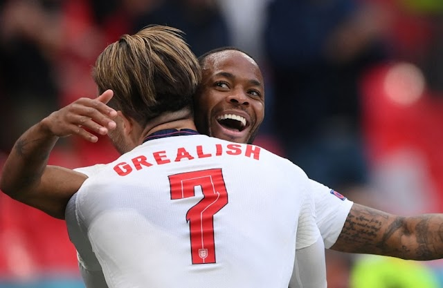 Τσεχία-Αγγλία 0-1: Νίκη και πρωτιά ξανά δια μέσω Στέρλινγκ