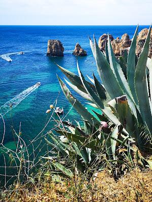 what claire did travel blogger lagos algarve