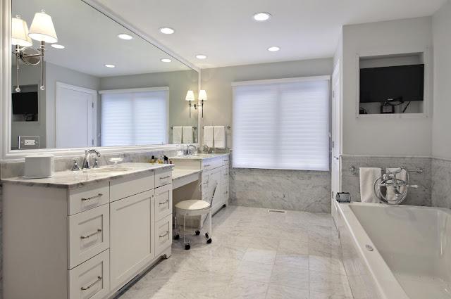design ideas for a small master bathroom