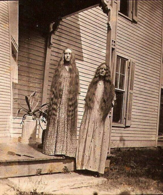 Vintage Scary 106