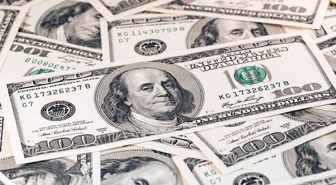 Dólar fecha em alta pelo 7º dia seguido negociado a R$ 5,37