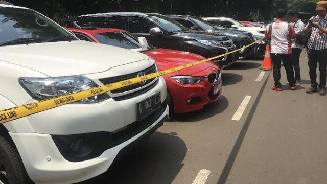 1.000 Mobil Mewah Jakarta Terkena Pajak