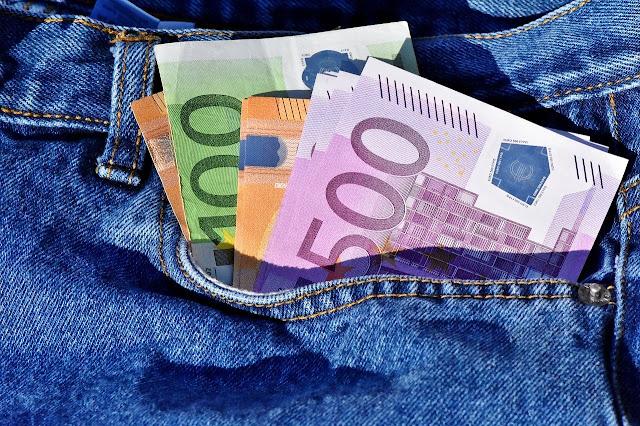https://www.oblogdomestre.com.br/2020/07/DesbancarizadosBrasil.Variedades.Dinheiro.html