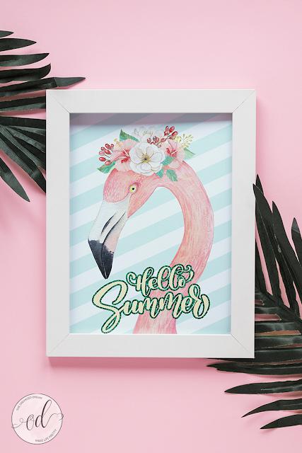 Free Hello Summer flamingo printable. #printables #summer #hellosummer