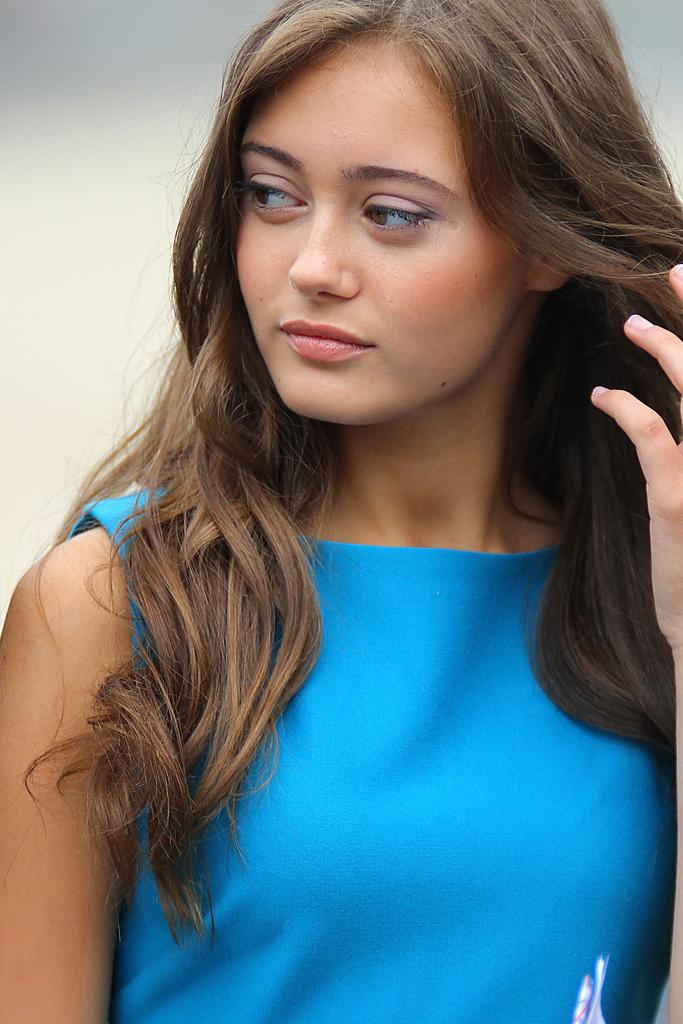Celebrity Pics Ella Purnell-9974