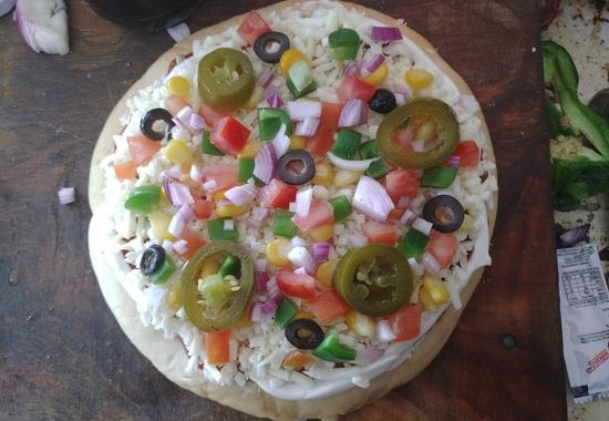 Cheese-blast-pizza-banane-ki-vidhi