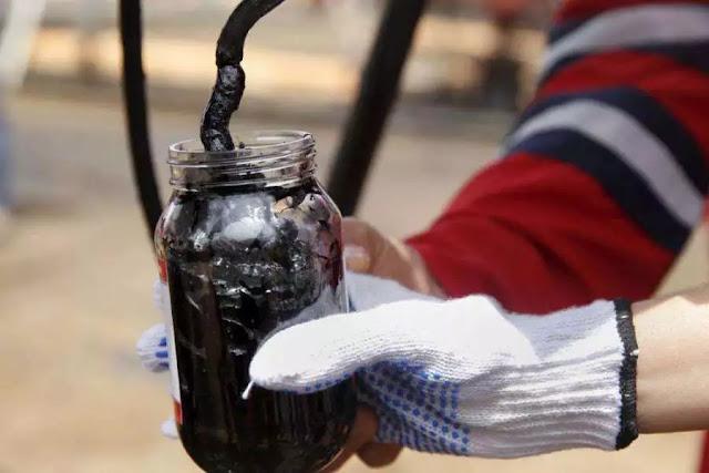 Petróleo venezolano cae hasta los 54,73 dólares por barril