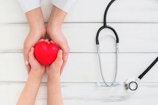 menilik asuransi kesehatan terbaik di Indonesia dengan uang pertanggungan besar