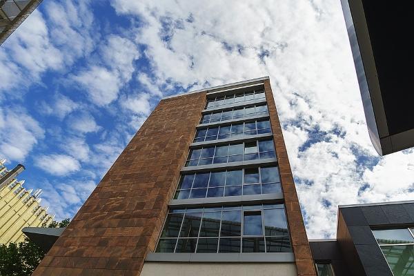 porfido-facciata edificio-architettura