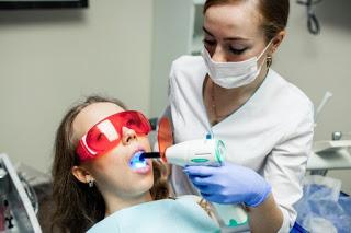 diş beyazlatma zararlı mı