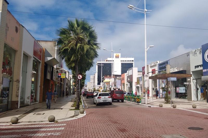 Av. Monsenhor Tabosa Fortaleza, lojas