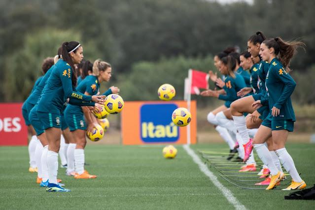 Seleção feminina de futebol em treino em Orlando (EUA)