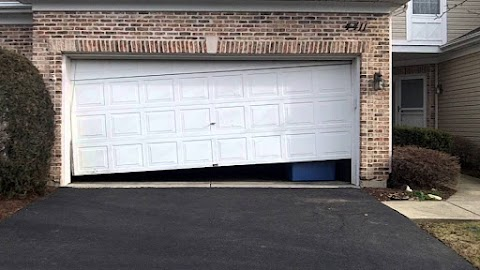 Fix or Replace Your Garage Door? The 3 Worst & 3 Best Reasons