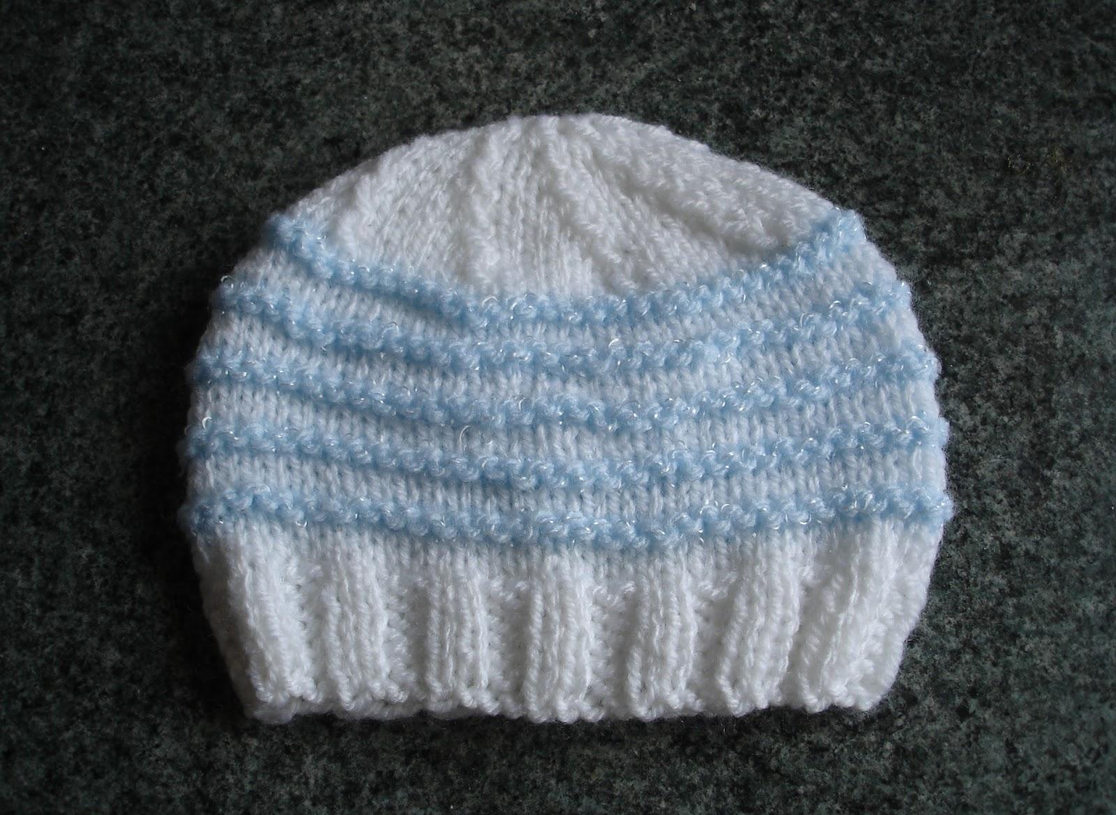 Marianna\'s Lazy Daisy Days: Knitted Baby Boy Hats