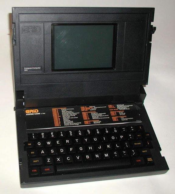 Первый в мире ноутбук (Grid Compass) выглядел так