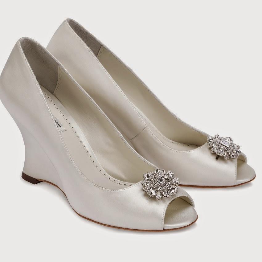 everything but the dress wedge wedding shoes