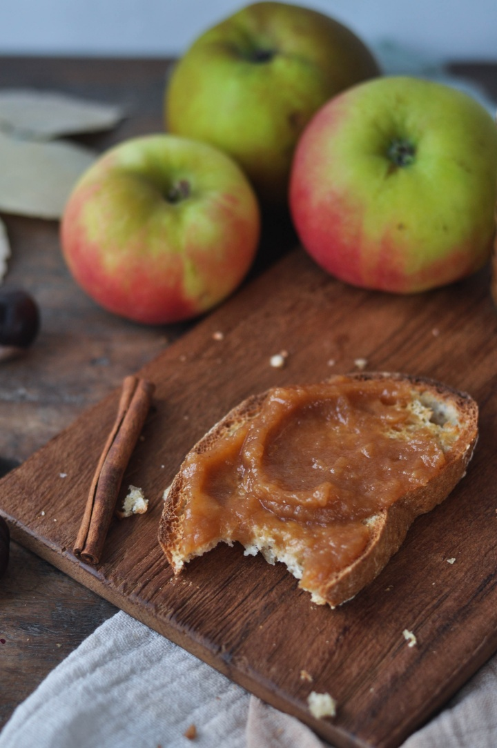 delicious Applebutter that happens to be sugar free, gluten free and vegan