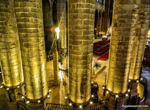 Interior da Basílica de Santa Maria del Mar, El Born, Barcelona