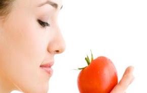 Bahaya Terlalu Banyak Makan Tomat