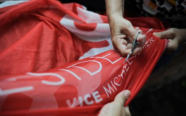 Movimento Pró-Dilma reúne manifestantes em Caxias
