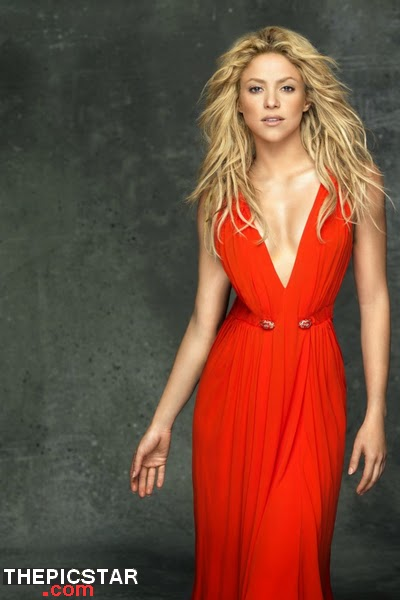 صور، إغراء، المغنية، شاكيرا، Shakira، ساخنة، عارية، مثيرة، فستان، فساتين، أزياء