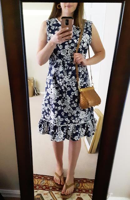 Komar house dress, vintage house dress, vintage floral day dress, retro floral pattern, Catholic mom style, Catholic fashion