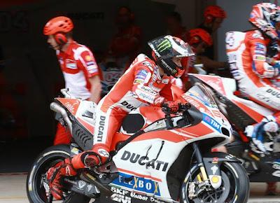Lorenzo Tak Terima Disebut Lebih Buruk dari Rossi