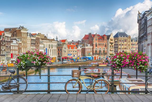 هولندا تُقرر رسمياً التخلي عن اسمها العام القادم .. وسيكون اسمها؟