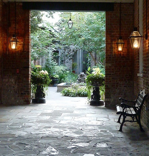 French Quarters Apartments: Walls Of The City: A Look At Shared Courtyards