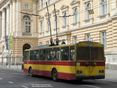 Trolejbus Škoda 14Tr #593, Lwów
