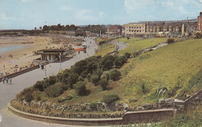 Promenade and Gardens, Barry Island. PT28091. Posted 14 August 1968