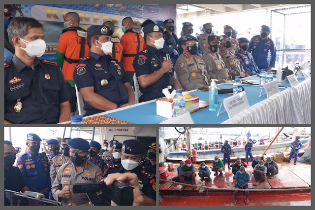 Empat Unit Kapal Ikan Asing Yang Melakukan Pencurian Ikan Di Laut Natuna Utara Berhasil Diamankan Kp. Bisma - 8001 Korpolairud Baharkam Polri