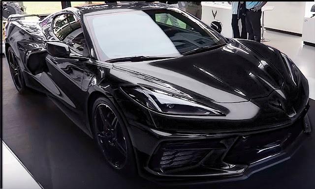2020-corvette-c8-mid-engine-black