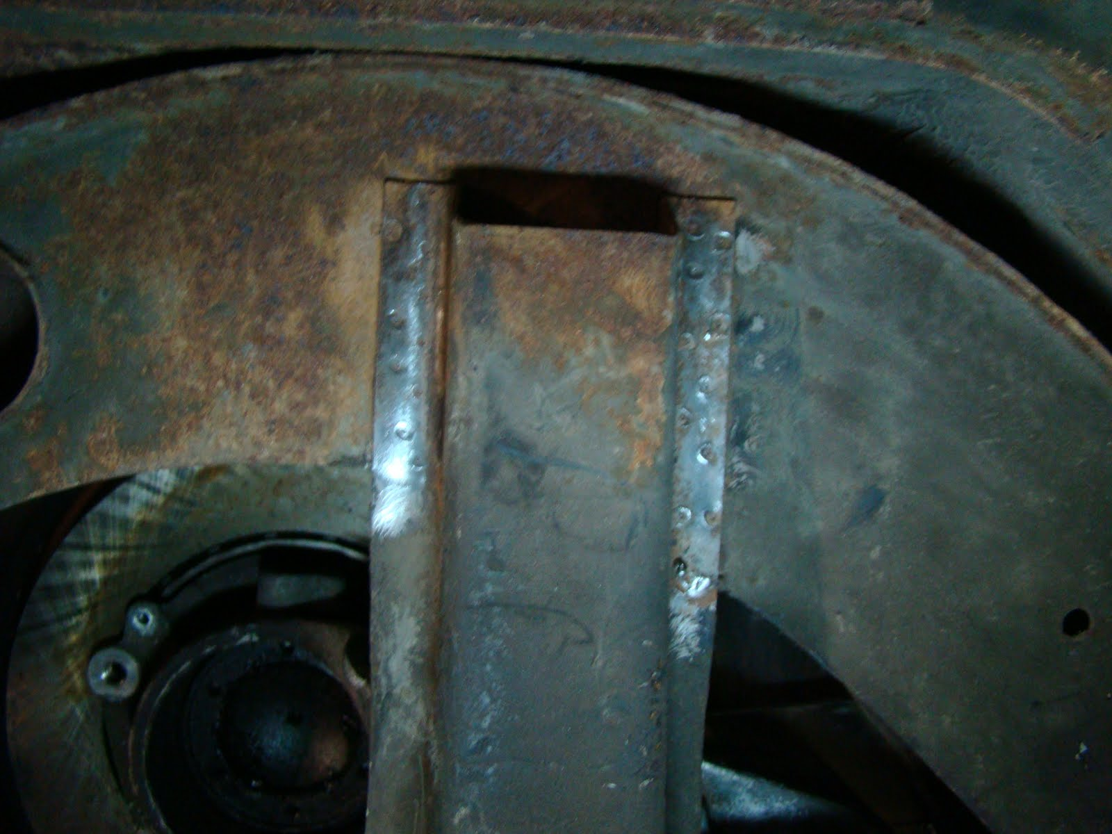Pauls splitscreen van project: Rear Shock Mount Fitting for 944 IRS