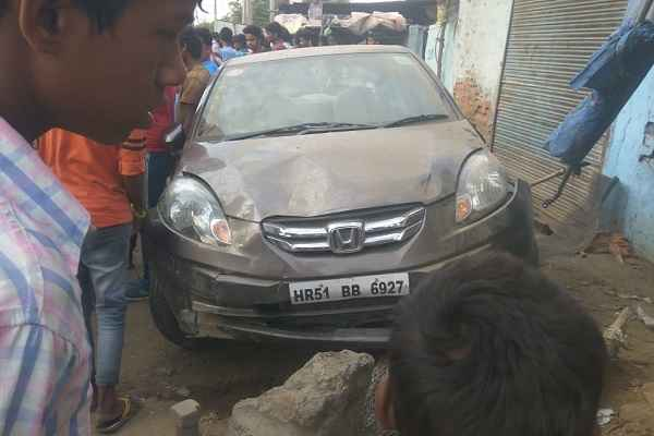 old-faridabda-bypass-road-accident