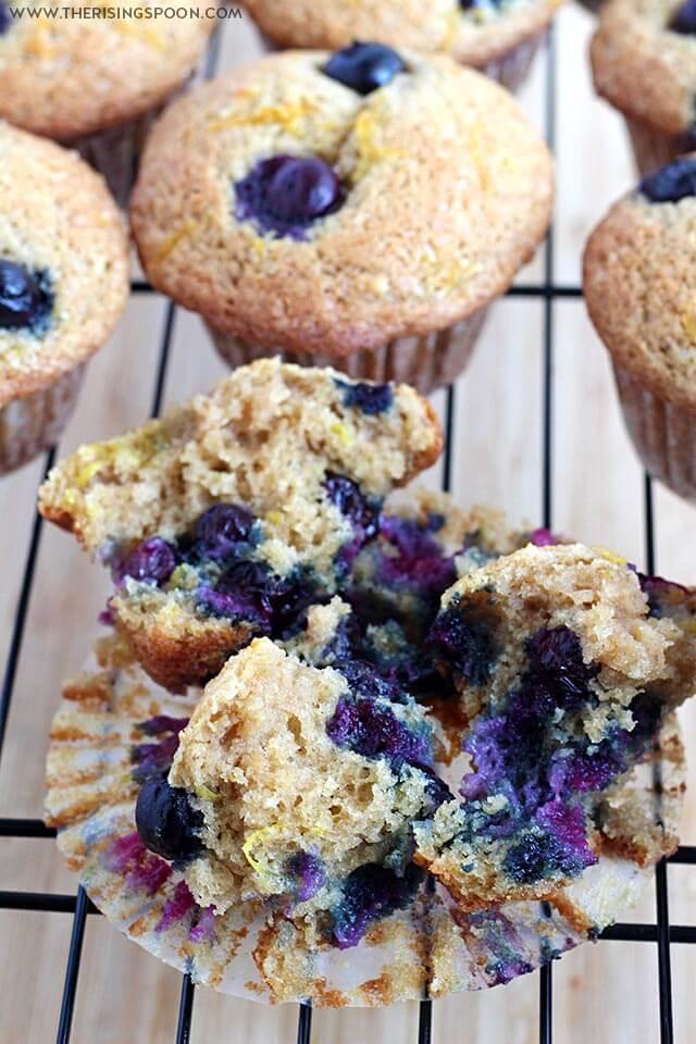 Simple Blueberry Sour Cream Muffin Recipe