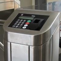 Terminal control accesos huella digital integrado en torniquete