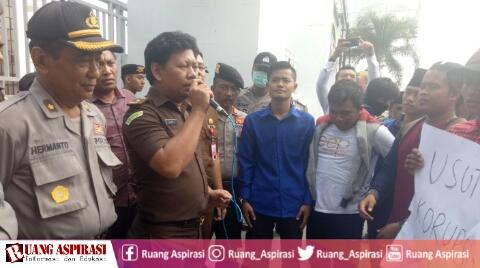 Berhasil Tangani Kasus Korupsi Anggota DPRD, PK PMII UNARS Apresiasi Kinerja Kejari Situbondo