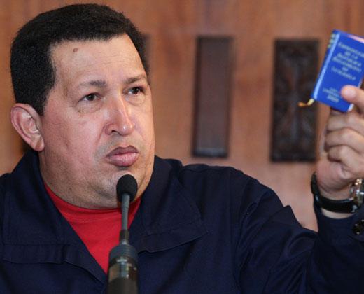 """Disolver la Asamblea Nacional es un """"golpe de Estado"""", firma Chávez (+Video)"""